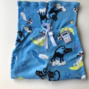 Black Cat Pajama Bottoms Halloween Moon Clouds NWT